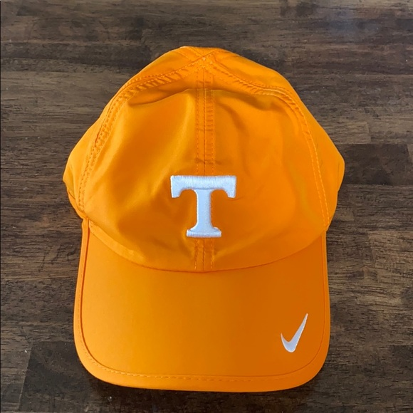 Nike Other - Nike Tennessee dry-fit hat